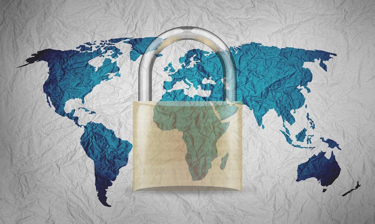 worldwide-limitations-real-estate-nadlancopixabay-