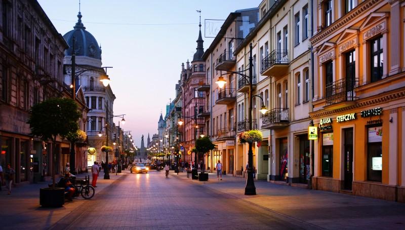 lodz-piotrkowska-poland-rafal-zych-prices-in-ludz